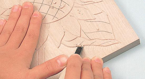 平刀の使い方|なめらかに表面を削る