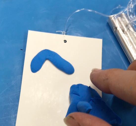 紙粘土と芯材を使ったふうりんの作り方|短冊をデザイン